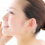 口元のたるみを解消させるには外側と内側からのアプローチが必要