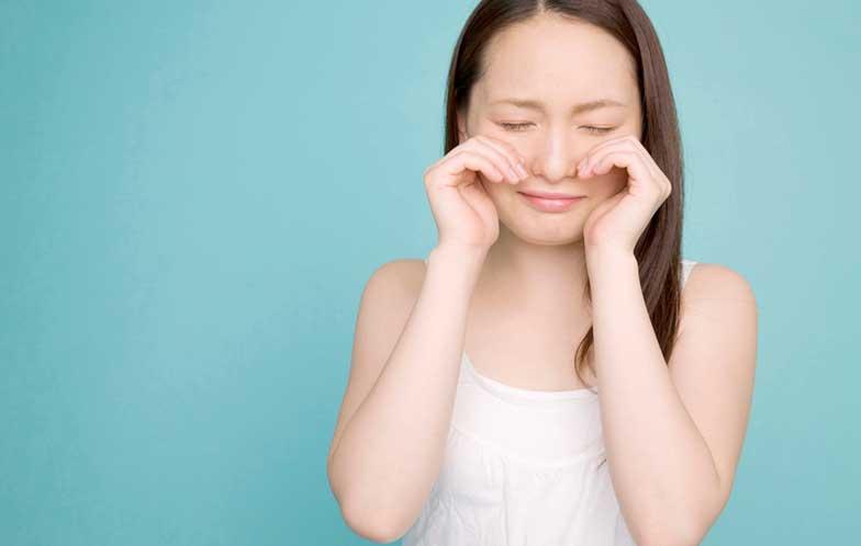 目の下のたるみのヒアルロン酸注射はよく考えて!デメリットやリスクもある!